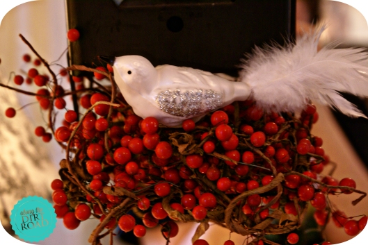 Then my mailbox needed a bramble of berries and a bird or two.
